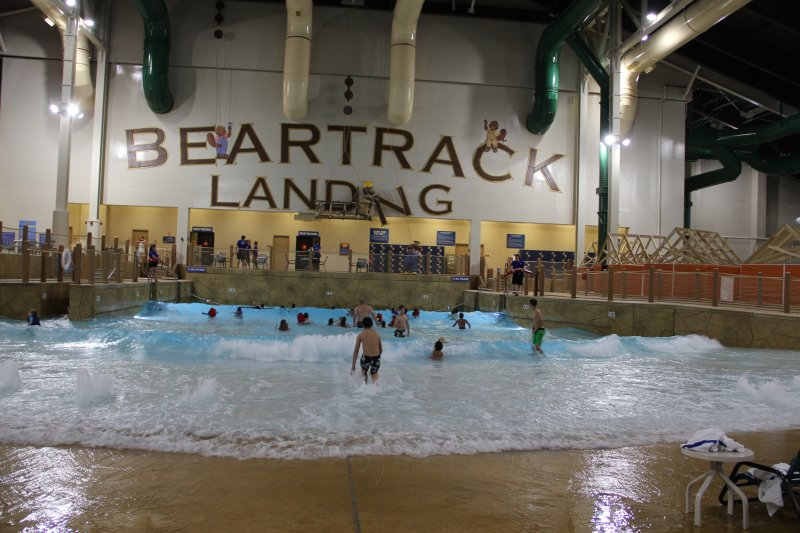 2016 Great Wolf Lodge Surf